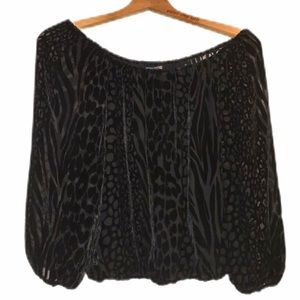 ALICE & OLIVIA OFF THE SHOULDER BLACK VELOUR TOP S
